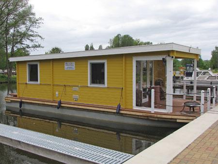 Ein Ferienhaus auf dem Wasser